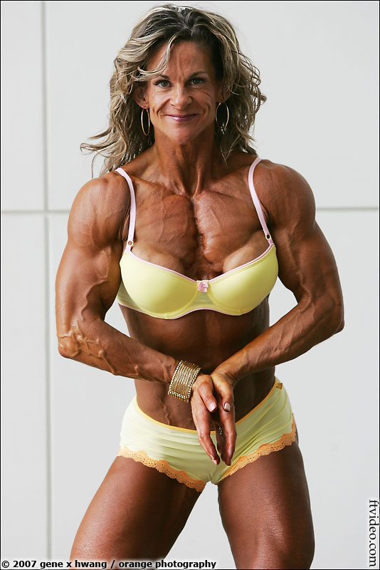 Fbb Pecs http://www.ftppv.com/ftvideo/showthread.php?2152-Favorite-Upper-Body-(Chest-amp-Shoulders)-in-Women-s-Bodybuilding/page2