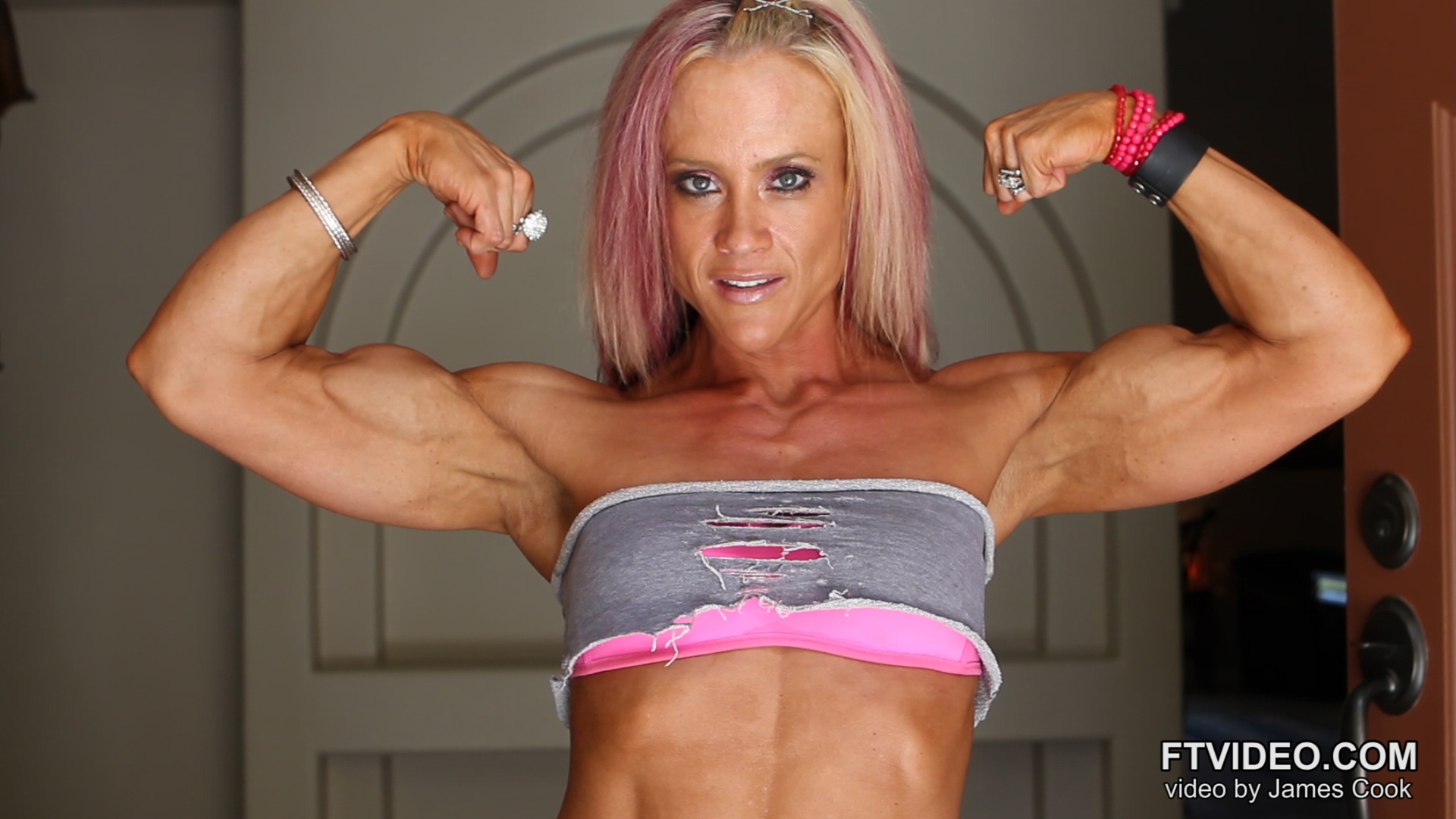 Muscle woman szex picture sexy daughters