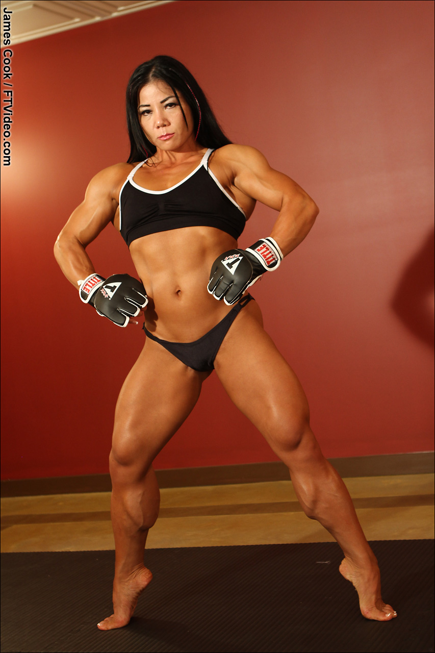 Free Female Muscle Nude 36