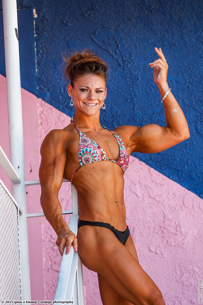 Chelsey Coleman flexing her biceps